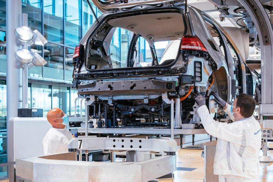 Gläserne Manufaktur liefert 2020 trotz Corona mehr Fahrzeuge aus