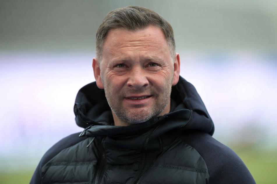 Hertha-Coach Pal Dardai (45) sieht den anstehenden Abstiegskracher gegen den 1. FSV Mainz 05 nicht als Endspiel an.