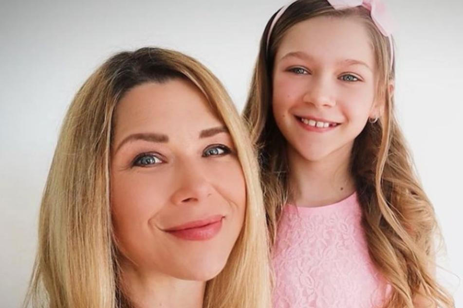 """Tanja Szewczenko (43) erlitt ihren Blasensprung Anfang der 34. Woche, als sie gerade mit Tochter Jona (10) auf dem Weg zur Generalprobe von """"Let's Dance – Kids"""" war."""