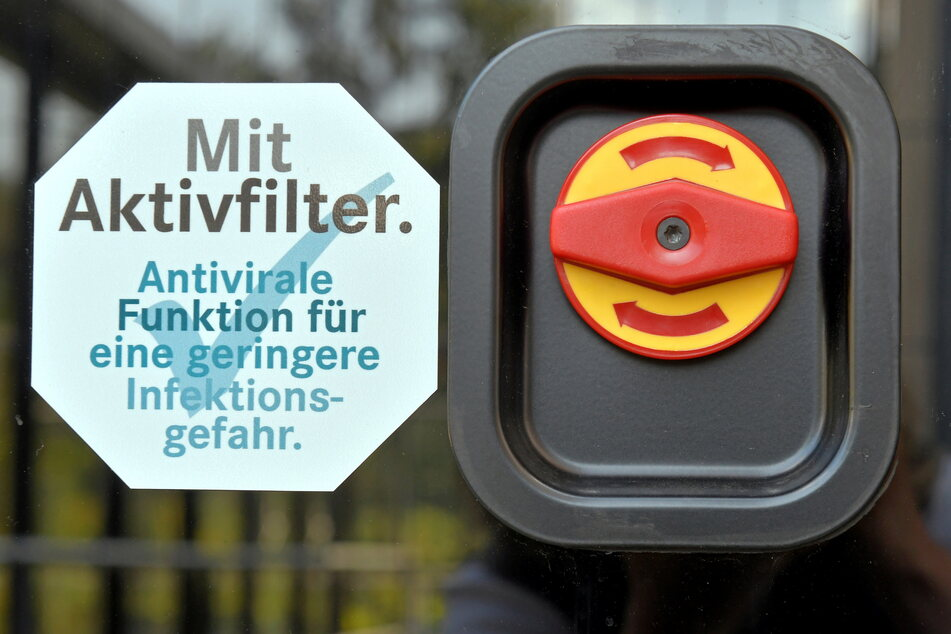 Antivirale Filter in der Klimaanlage sollen im Bus für saubere Luft sorgen.