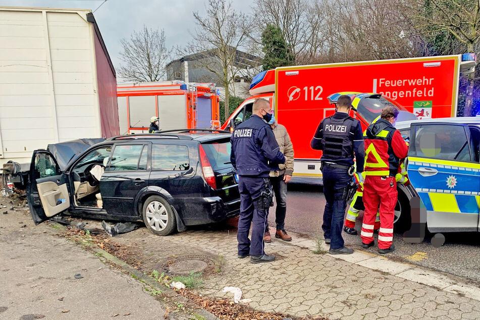 Der Senior (88) wurde bei dem Unfall schwer verletzt. Die Polizei beschlagnahmte seinen Führerschein.