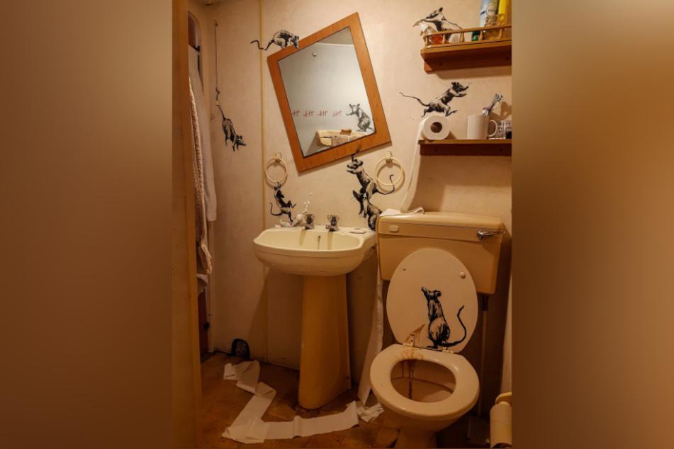 Dieses Badezimmer wurde scheinbar von einer Horde Ratten verwüstet.