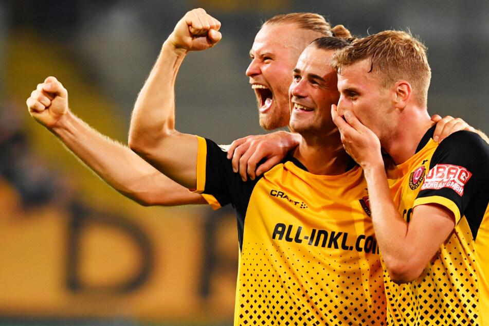 Christoph Daferner (r.), Yannick Stark (M.) und Sebastian Mai trafen allesamt für Dynamo Dresden gegen den HSV. Die SGD verfügt in der Spitze und Breite über den Drittliga-Kader, der am besten besetzt ist.