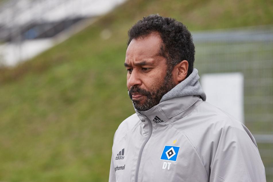 Ex-HSV-Coach Daniel Thioune (46) hat seine Zeit bei den Hanseaten aufgearbeitet und für die Zukunft ein Ziel: Er will Bundesliga-Trainer werden. (Archivfoto)