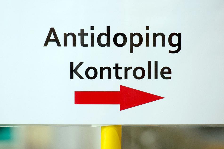 Was passiert, wenn Sportler sauber sind, aber mit Dopingmitteln sabotiert werden - und im schlimmsten Fall ihre Unschuld nicht beweisen können?