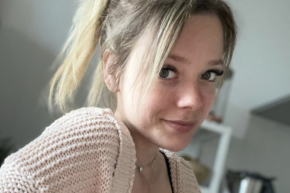 Anne Wünsche ist schon öfter zur Zielscheibe in Pochers gefürchteter Bildschirmkontrolle geworden.