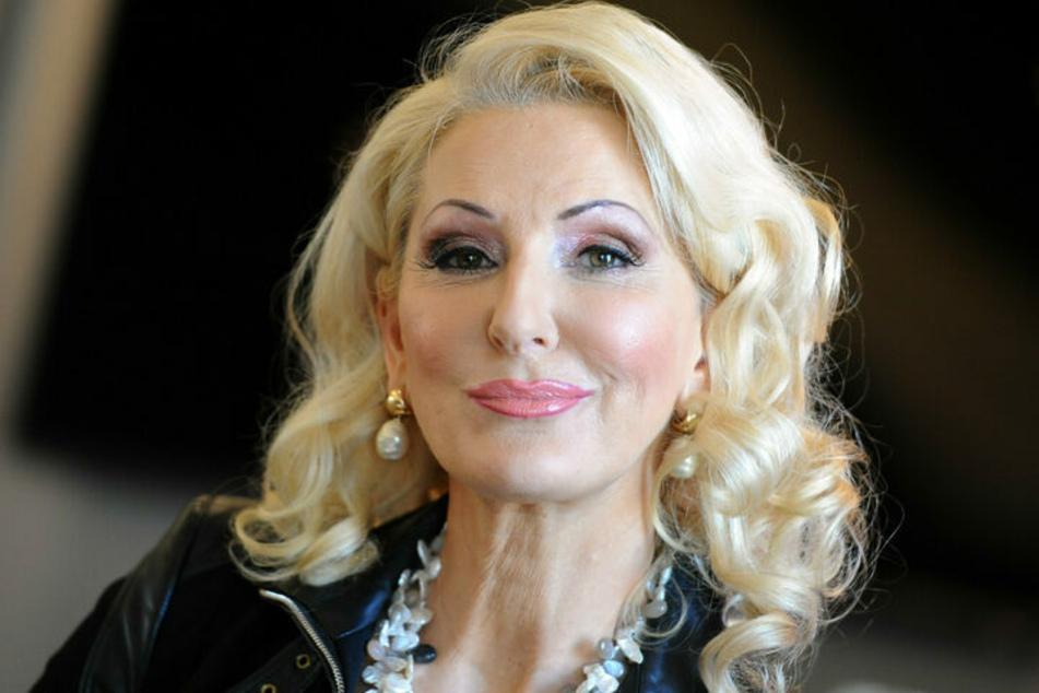 Kabarettistin Désirée Nick (64) hat sich mit Kälte die Fettpolster reduzieren lassen.