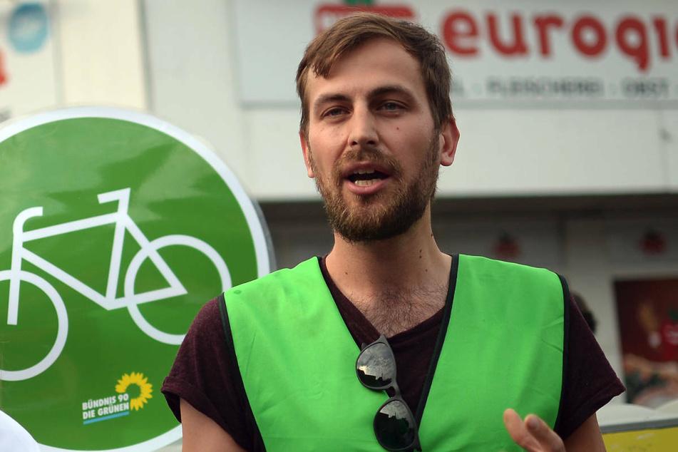 Grünen-Politiker Georg Kössler (36) kam ohne Kennzeichnung in einer Straßenumfrage des RBB zu Wort, was zu einer Löschung des Sendebeitrags geführt hat. (Archivfoto)