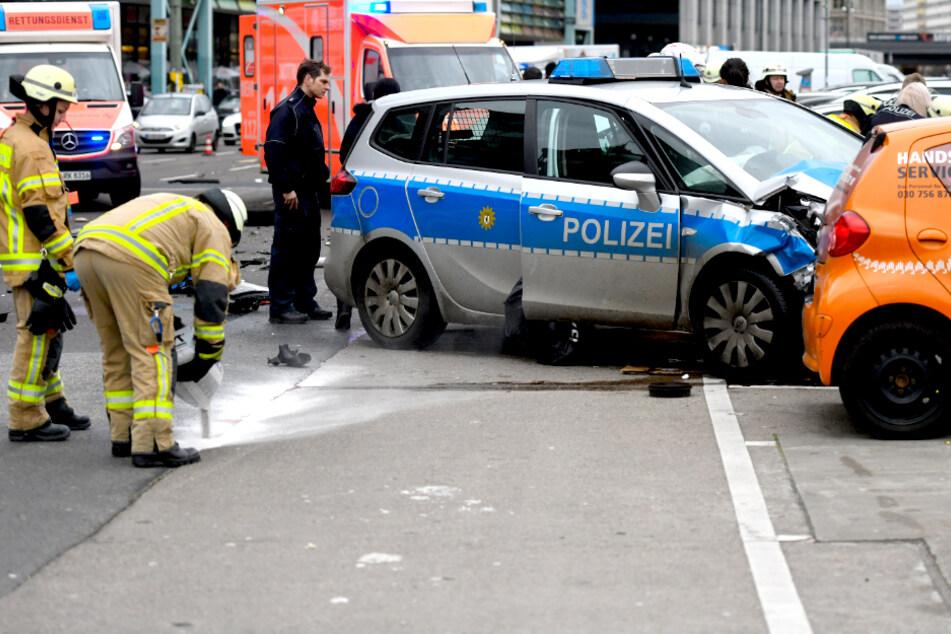 Tödlicher Crash mit Polizeiauto: Prozess unterbrochen, angeklagter Polizist fehlt