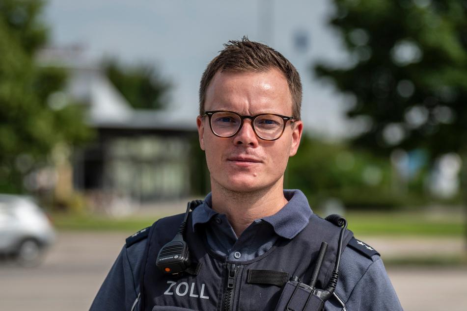 Zolloberinspektor Patrick Schlüter (36) leitete den Einsatz nahe Chemnitz.