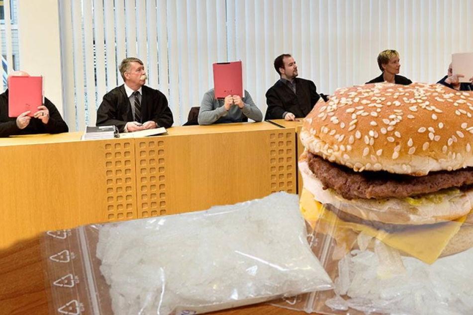 Statt Big Macs vertickte dieses Trio Crystal