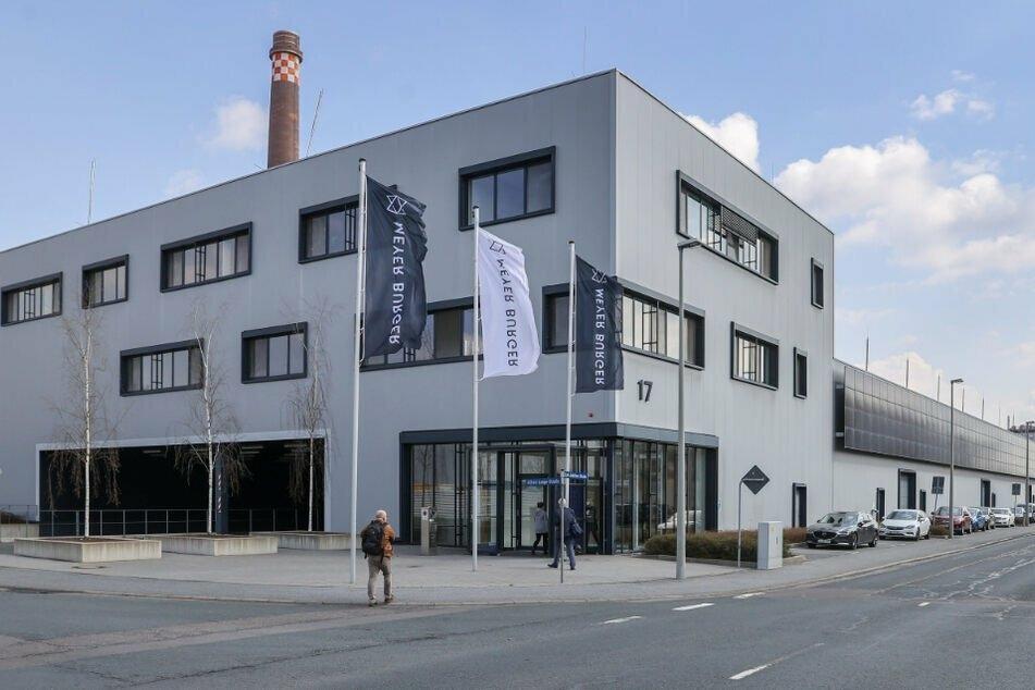 Meyer Burger nimmt Solarmodul-Fabrik in Freiberg in Betrieb