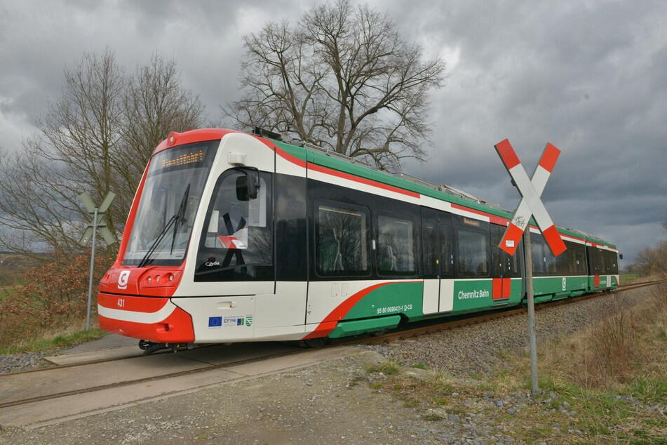 Erst im Sommer 2021 sollen die Citylink-Züge aus der Chemnitz Innenstadt bis Aue fahren (Archivbild).