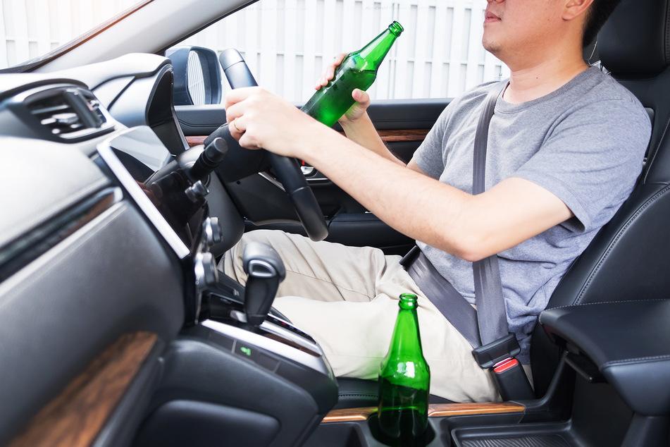 Der Mann fuhr mit 0,229 Gramm Alkohol in der Atemluft. (Symbolbild)
