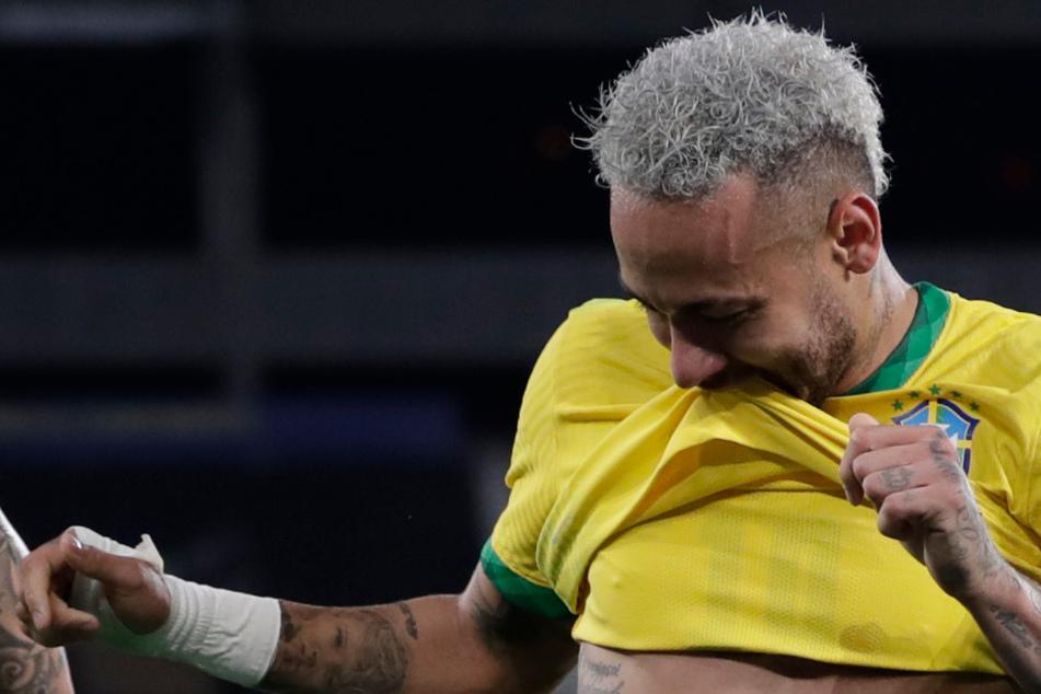 Neymar schwabbelt auf der Luxuas-Yacht: Paparazzi-Fotos entlarven den Fitness-Zustand des PSG-Stars