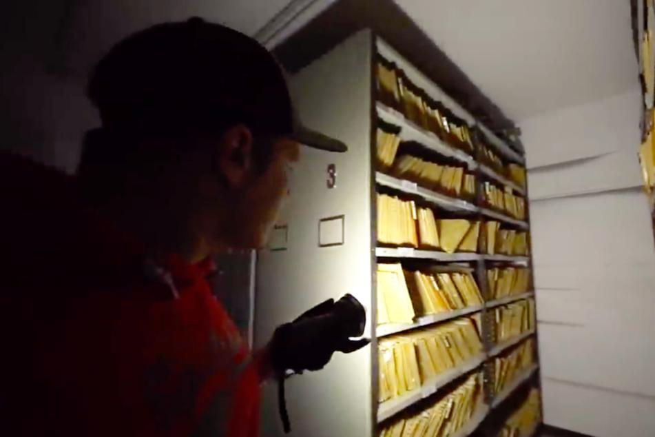 Youtuber steigt in stillgelegtes Krankenhaus ein und findet alte Akten