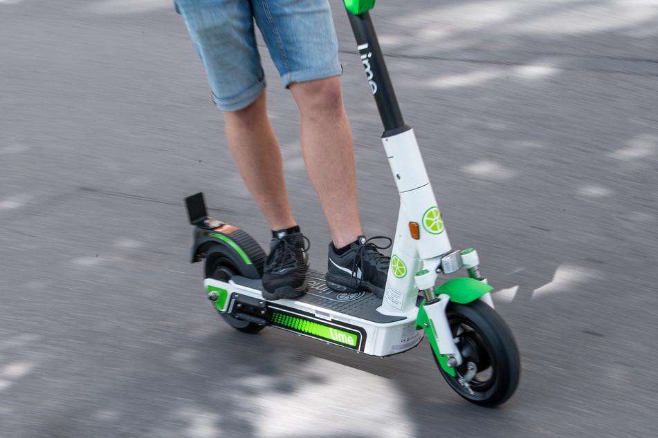 Köln: E-Scooter in Köln: Lime beendet Corona-Pause
