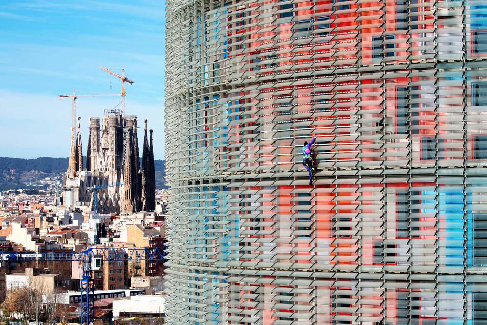 """Von seiner Position aus hatte er vermutlich eine schöne Sicht auf die ewige Baustelle der Kirche """"Sagrada Família""""."""