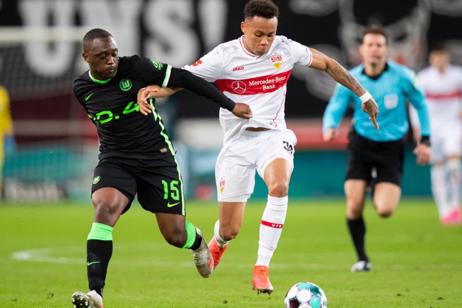 Bleibt Roberto Massimo (20, r.) auch in der kommenden Saison für den VfB am Ball?