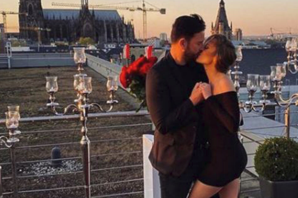 Sie hat Ja gesagt: Laura Müller und der Wendler heiraten!