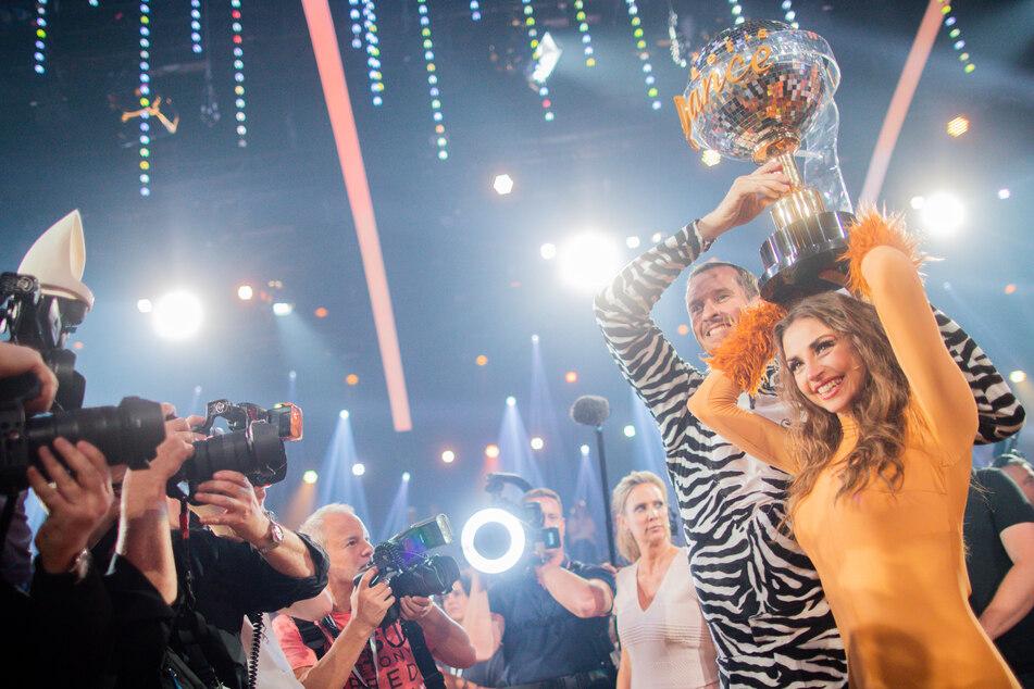 """Ekaterina Leonova nach ihrem dritten Sieg bei """"Let's Dance"""" im Jahr 2019."""