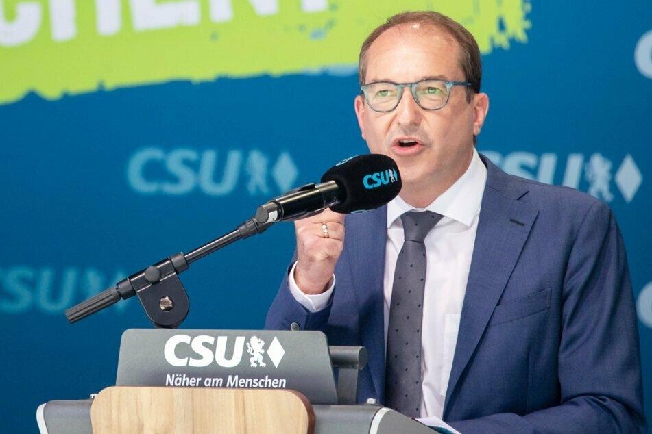 CSU-Landesgruppenchef Alexander Dobrindt (51) will Sparer besser unterstützen.