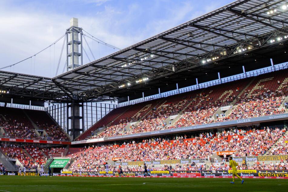 FC-Stadion öffnet seine Pforten für Erstis der Uni Köln