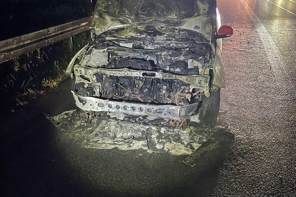 Ford brennt bei Mülsen komplett aus