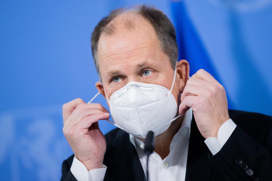 NRW-Vizeregierungschef Joachim Stamp (FDP) hat Kritik an der Strategie von Bund und Ländern im Kampf gegen Corona geübt.