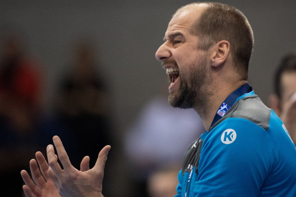Jürgen Schweikardt (40), Trainer des TVB Stuttgart, ist positiv auf das Coronavirus getestet worden.