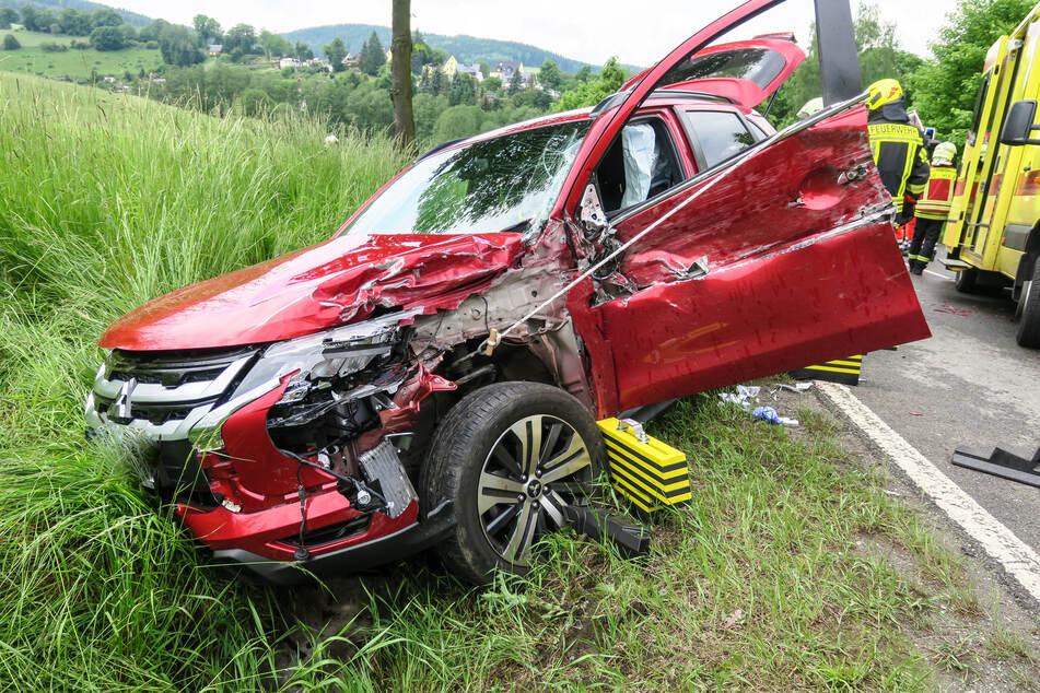 Unfall auf B101 sorgt für Stau im Erzgebirge!