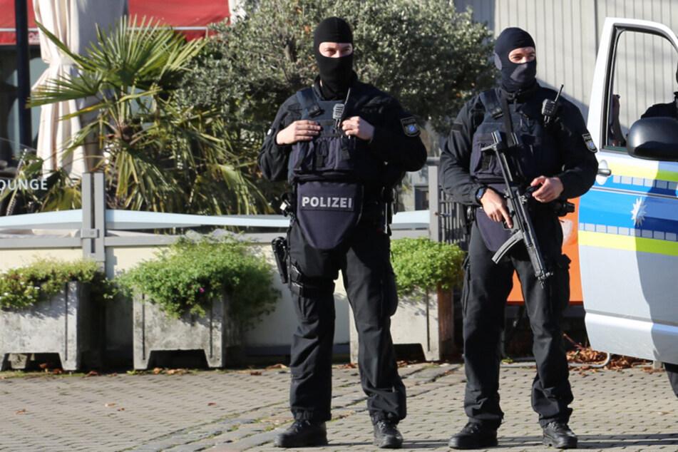 Hubschrauber, SEK und Bundespolizei: Teenager löst versehentlich Großeinsatz aus
