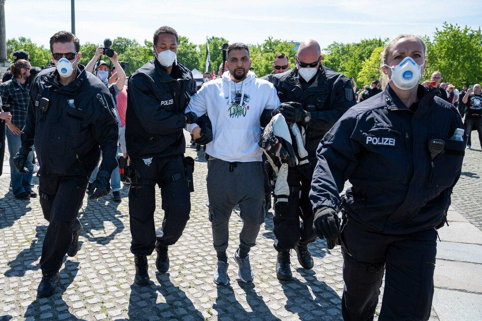 Attila Hildmann wurde bei einer Demonstration festgenommen.