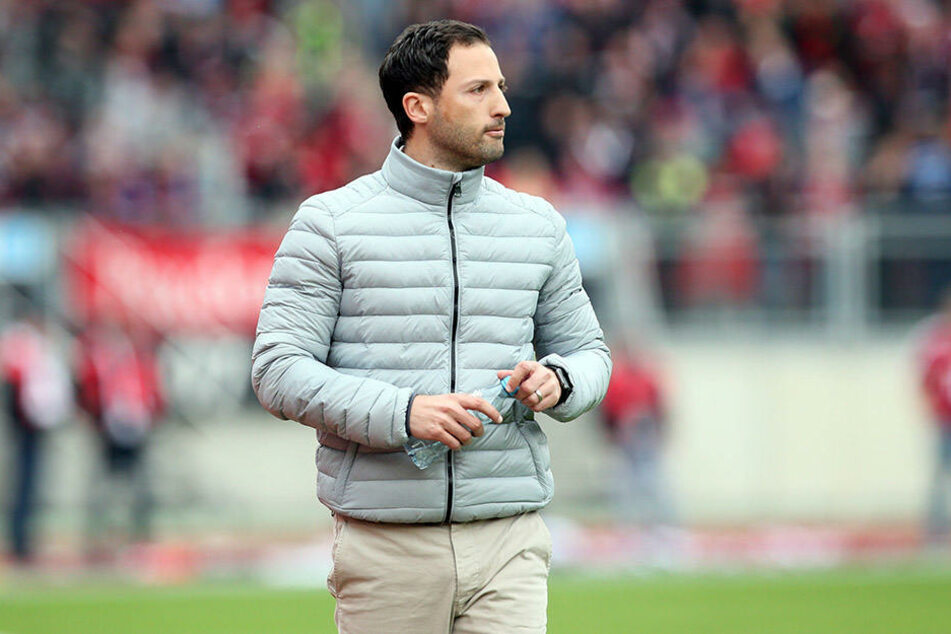 Aue-Trainer Domenico Tedesco hat sich intensiv dem Video-Studium gewidmet.
