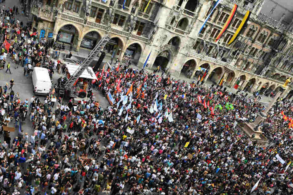 30.000 Menschen demonstrierten in München gegen das neue Polizeiaufgabengesetz.