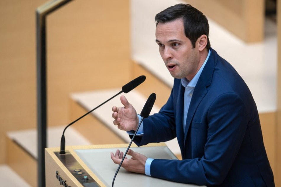 Martin Hagen, Vorsitzender der FDP-Landtagsfraktion, spricht bei der 21. Sitzung des bayerischen Landtags.