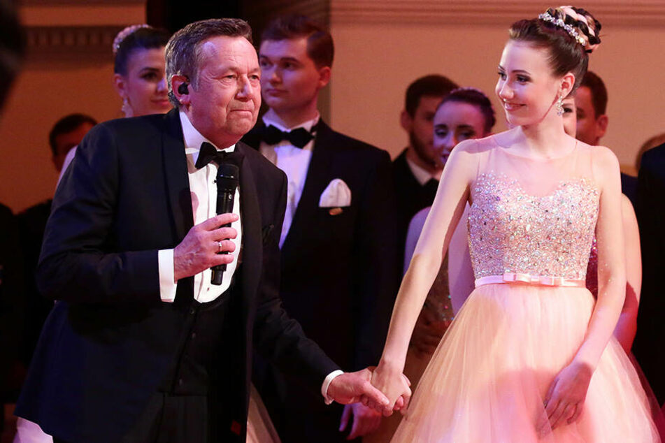 2016 war Roland Kaiser total aufgeregt - seine Tochter Annalena (damals 16) debütierte in der Oper.