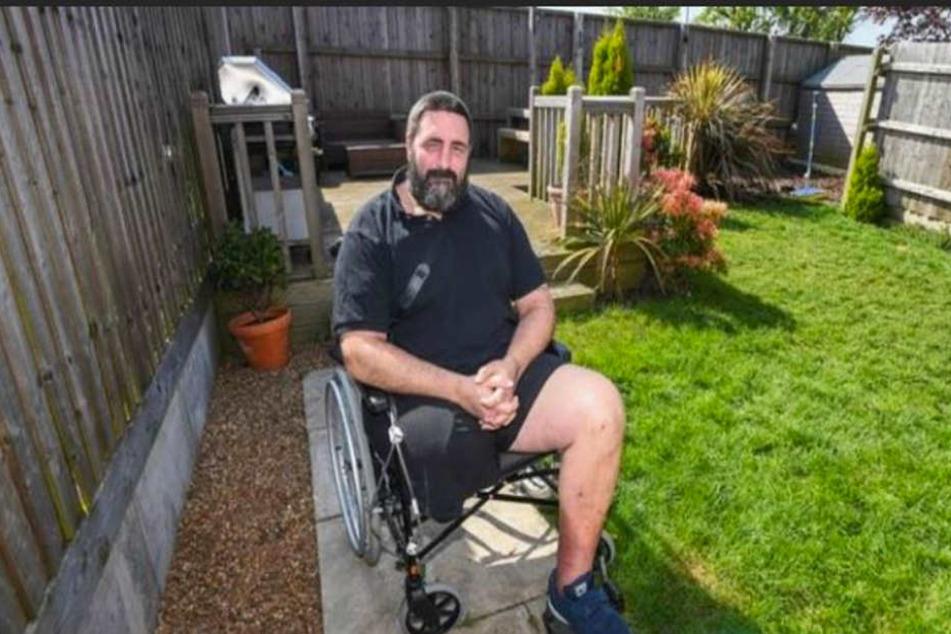 Seit dem Spinnen-Biss sitzt er im Rollstuhl.