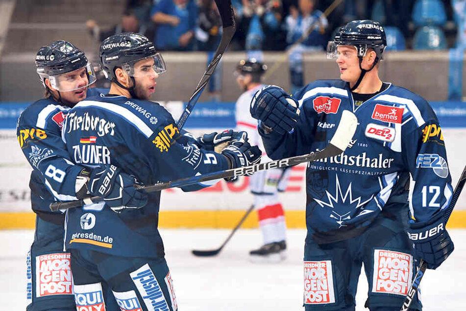 Martin Davidek (r.) hatte dreimal Grund, sich mit seinen Teamkollegen abzuklatschen.
