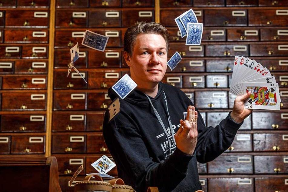 """Magier Thomas Majka (31) will in Sachsen eine Zauberschule à la """"Hogwarts"""" aufbauen."""