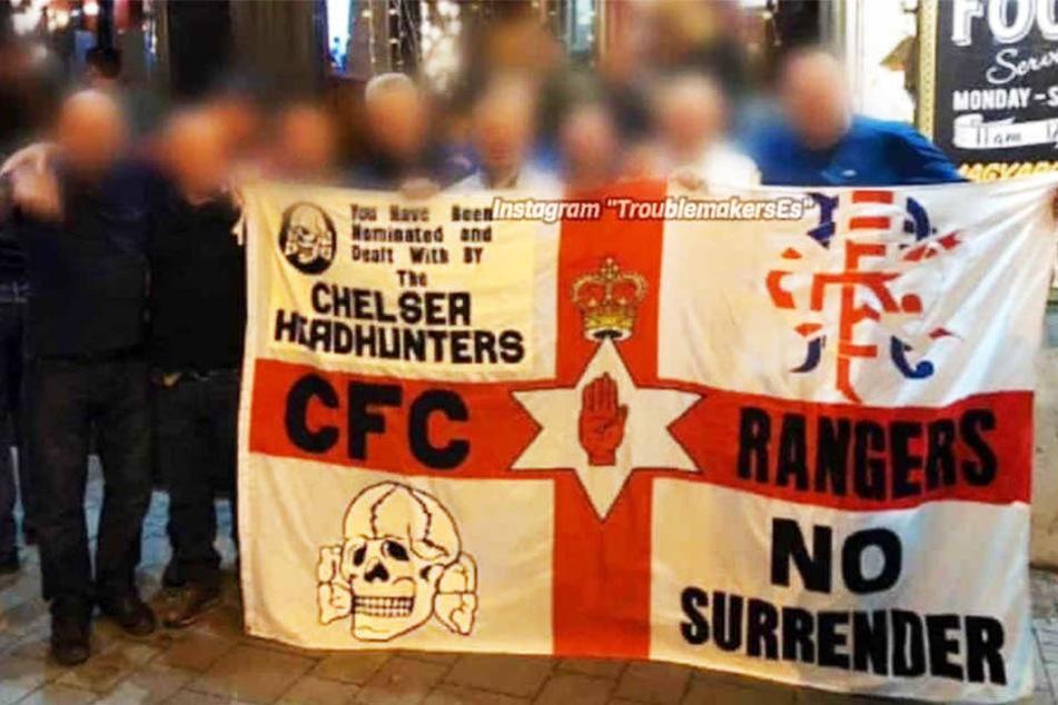 Rassistische Gesänge, Banner mit SS-Symbol: Fan-Skandal bei diesem Top-Klub!
