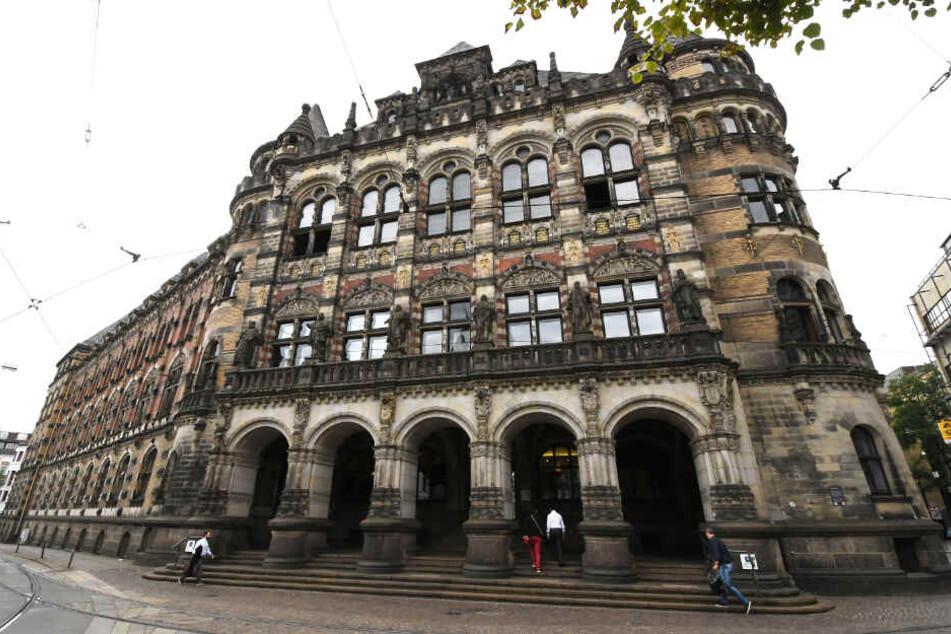 Vor dem Landgericht Bremen wird der gewaltsame Tod eines 15-jährigen Syrers verhandelt.