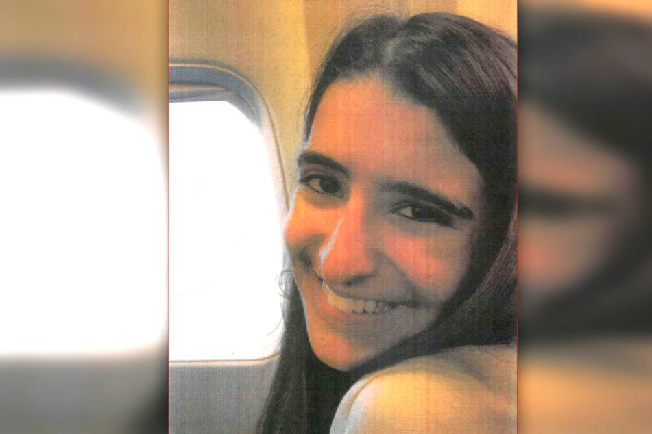 Die 17-jährige Norwegerin Zahra Noor Kiani ist am Hamburger Flughafen verschwunden.