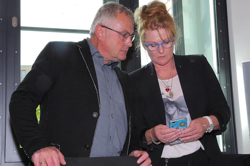 Annelis Eltern Ramona (55) und Uwe R. (58) sind mit dem Urteil gegen die Mörder ihrer Tochter nicht einverstanden.