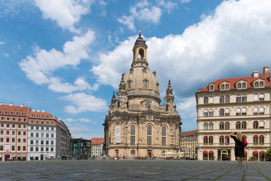 Eines von Dresdens berühmtesten Wahrzeichen: Die Frauenkirche auf dem Neumarkt.