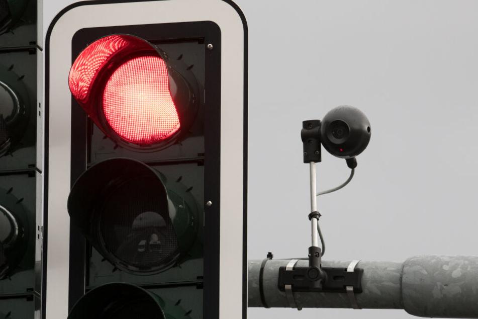 Mit solchen Kameras wird der Verkehrsfluss überwacht.