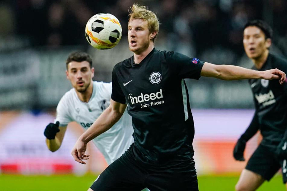 Martin Hinteregger und die Abwehr der Eintracht hatten in der zweiten Halbzeit mehr zu tun, als erwartet