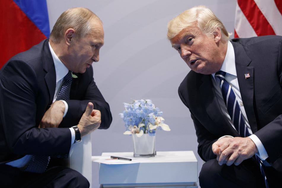 US-Geheimdienste sind sich sicher: Wladimir Putin half Donald Trump bei Wahlen