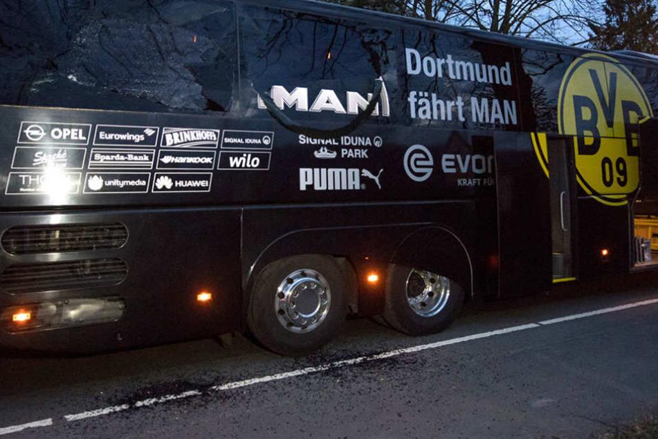 Am Bus von Champions League-Teilnehmer Borussia Dortmund gab es drei Explosionen