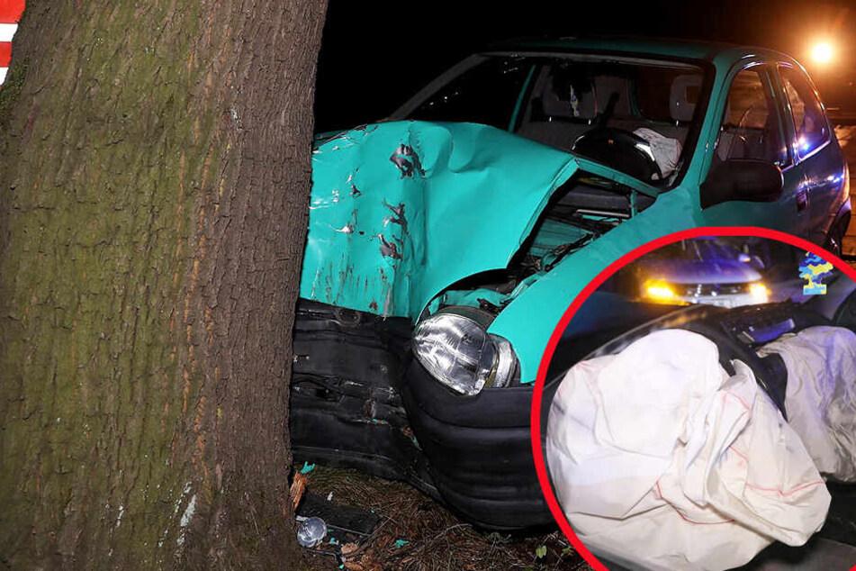 Schwerer Unfall in Dresden: Frau knallt mit Auto gegen Baum